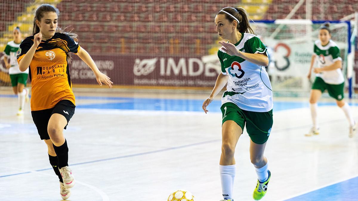 Lau Fernández durante un encuentro con el Deportivo Córdoba.