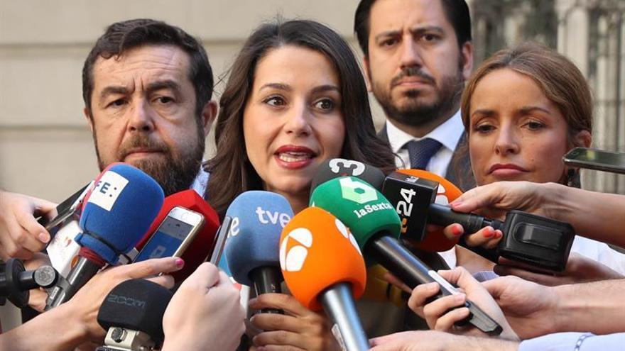 Cs acusa al PSOE ante la Fiscalía de justificar los altercados del Orgullo