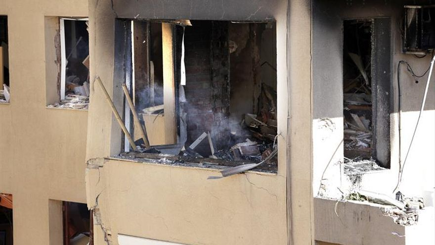 Desalojan edificio contiguo al que sufrió el domingo una explosión en Premià