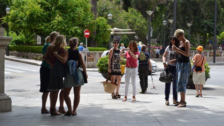 """El Gobierno balear destaca """"absoluta normalidad"""" en la entrada en vigor del impuesto turístico"""