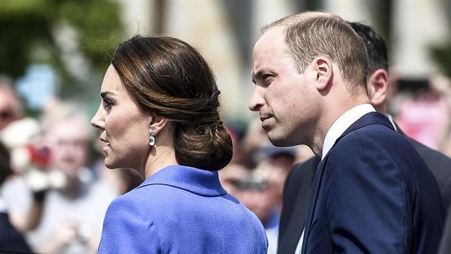 Los duques de Cambridge alternaron protocolo y cercanía en su paso por Berlín