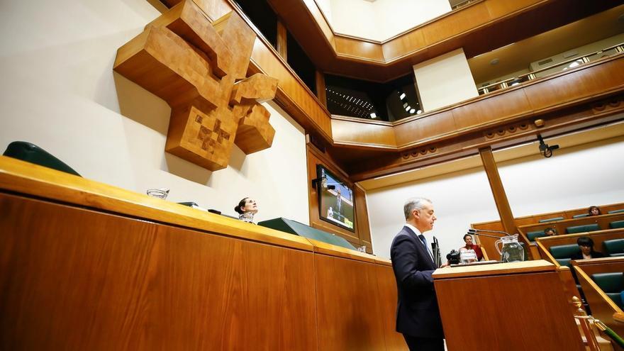 """Urkullu critica la """"contradicción"""" de EH Bildu que apoya una huelga general vasca mientras """"regala sus votos en Madrid"""""""