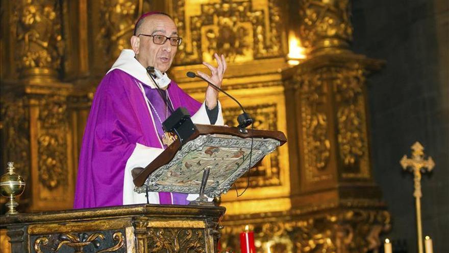 El arzobispo de Barcelona felicita a Carles Puigdemont y le desea lo mejor
