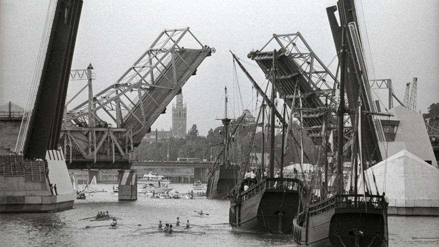 Puente de las Delicias: Llegada de las Carabelas. Paco Cazalla