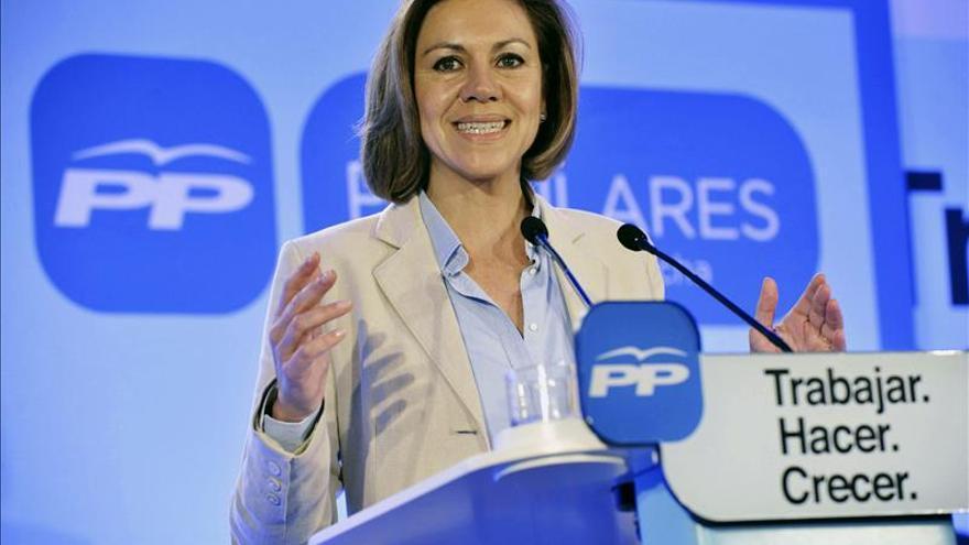 """Cospedal alerta de los """"grandes pactos"""" contra el PP y la """"recuperación"""""""