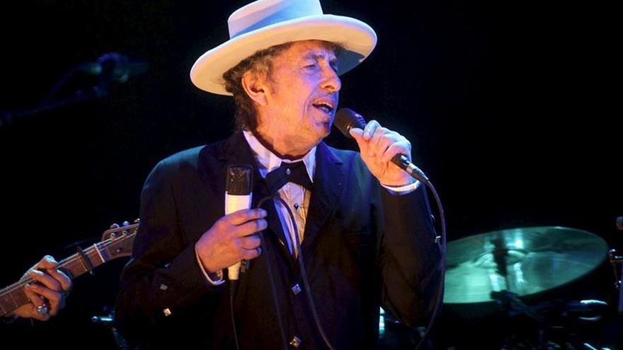La Academia sueca confía en que Dylan pueda recoger el Nobel en Estocolmo en primavera