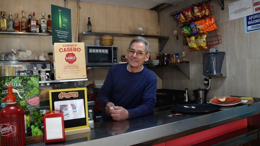 Luís Vázquez, el pasado jueves en el bar que regenta.