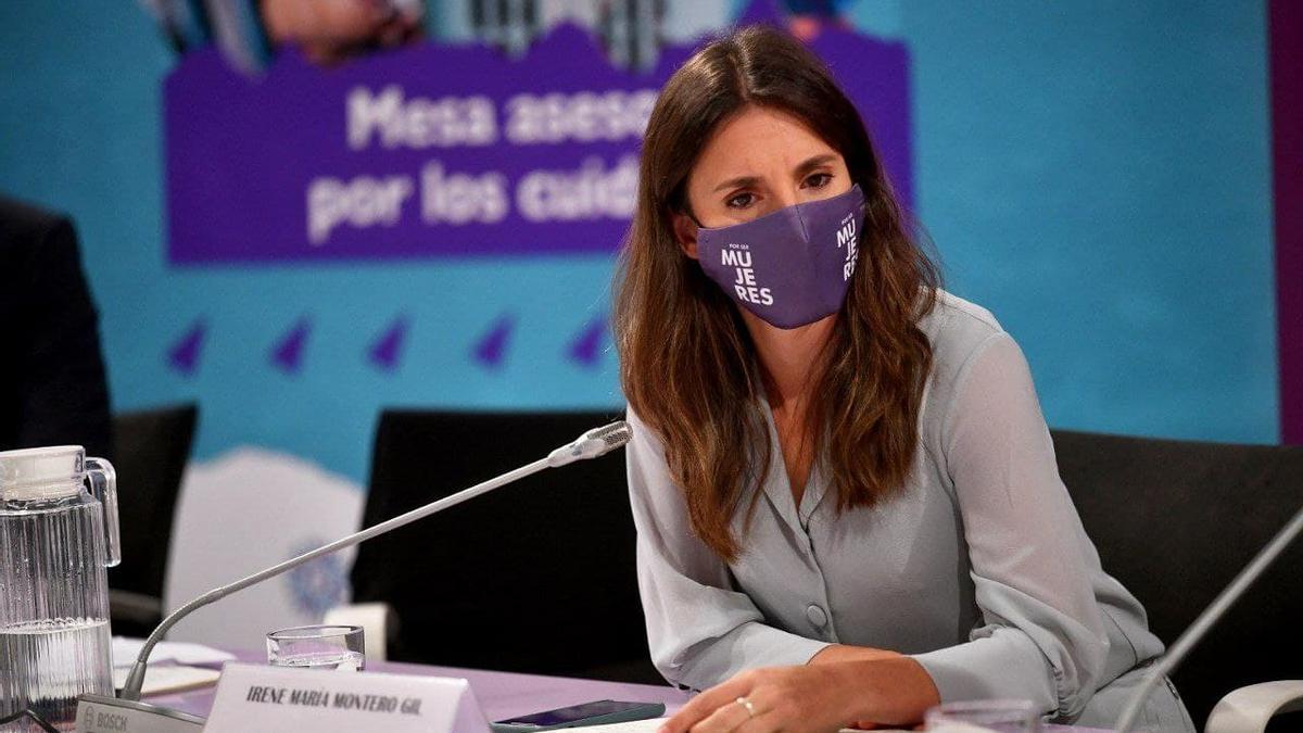 La ministra de Igualdad, Irene Montero, durante la constitución de la mesa asesora por los cuidados, el pasado de 20 de septiembre