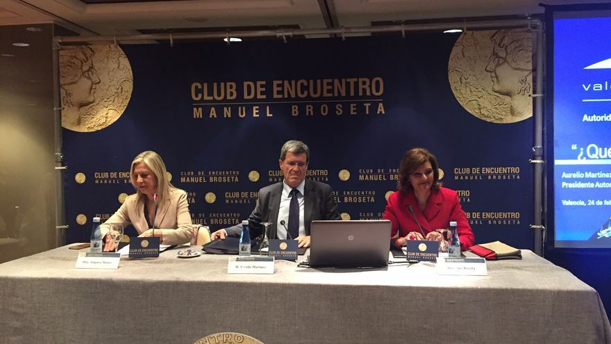 Amparo Matíes (izquierda), Aurelio Martínez y Ana Botella