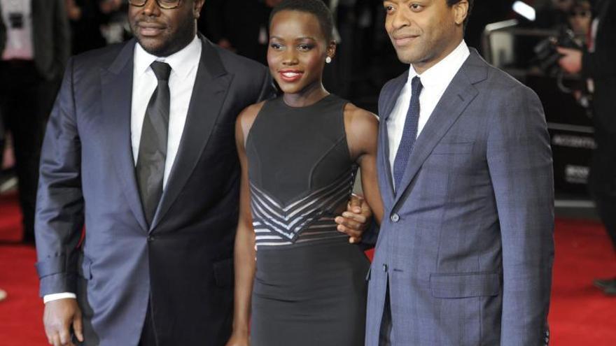 """""""12 años de esclavitud"""", """"Gravity"""" y """"La gran estafa americana"""" entre las favoritas a los Óscar"""