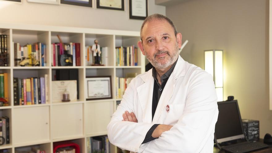 """Carlos San Martín: """"La salud sexual es la hermana pequeña de la salud, pese a su influencia en nuestro bienestar"""""""