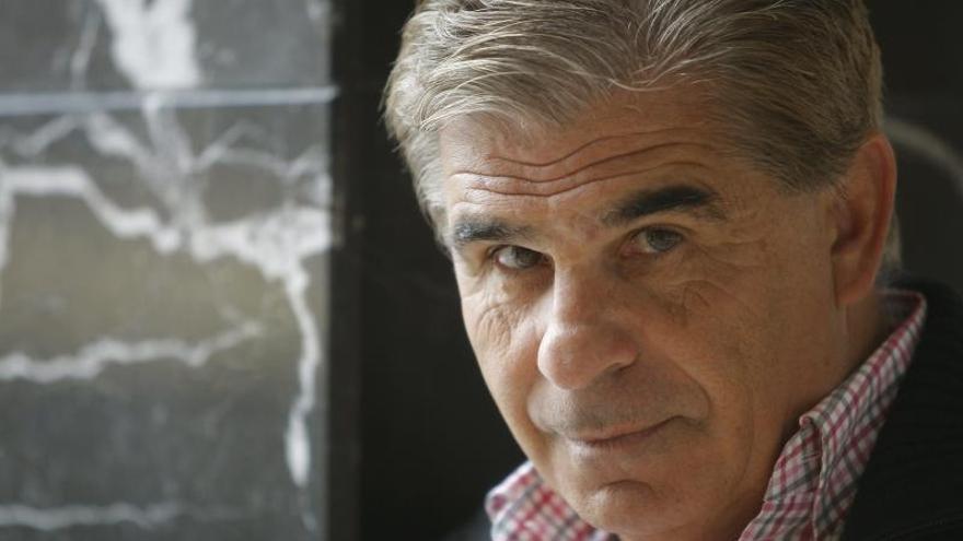 """Pedro Ruiz regresa """"libérrimo"""" y a la americana con """"Uno, pequeño y libre"""""""