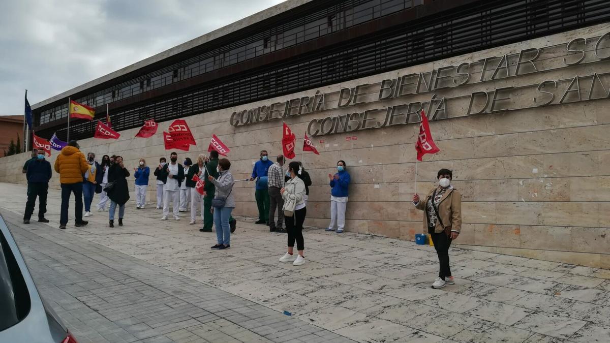 Protesta de trabajadoras de Netalia en Toledo el pasado mes de abril
