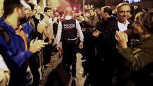 La resaca judicial del 1-O: los Mossos investigados por no retirar urnas y la Policía por cargar contra votantes