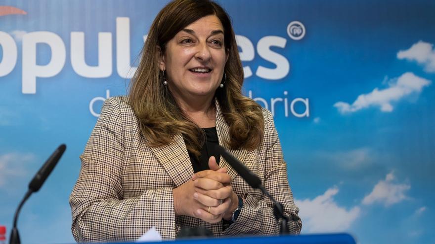 La presidenta del PP de Cantabria, María José Sáenz de Buruaga