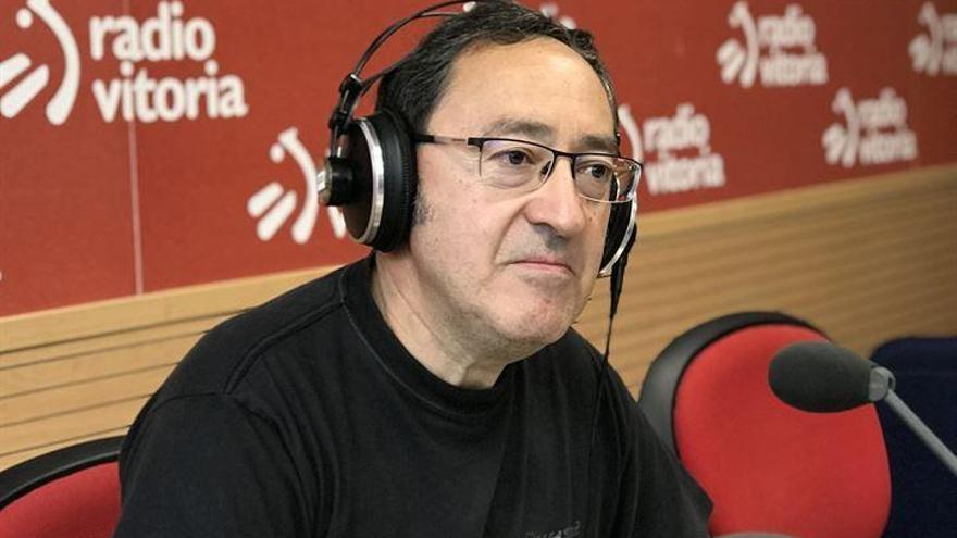 """Prieto Mendaza, autor del libro 'Tras la dictadura de ETA': """"Todavía hay mucho que hacer para evitar el sectarismo"""""""