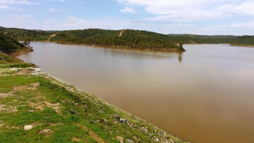 "Un informe sobre la mina de Aznalcóllar revela vertidos de aguas ""contaminadas"" al río Agrio"