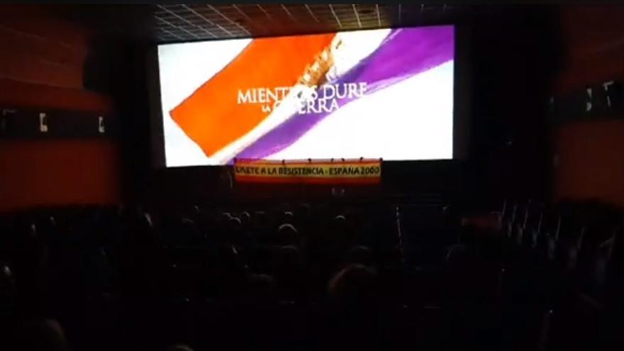 Imagen del boicot de España 2000 a la película sobre la Guerra Civil