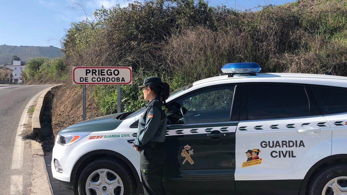 Una agente de la Guardia Civil en Priego de Córdoba