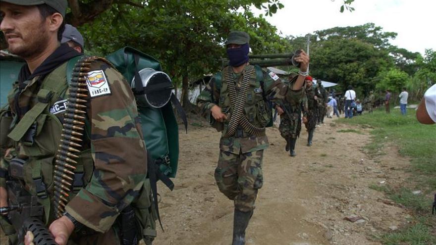 """Un presunto panfleto de las FARC declara """"objetivo militar"""" a indígenas en Colombia"""