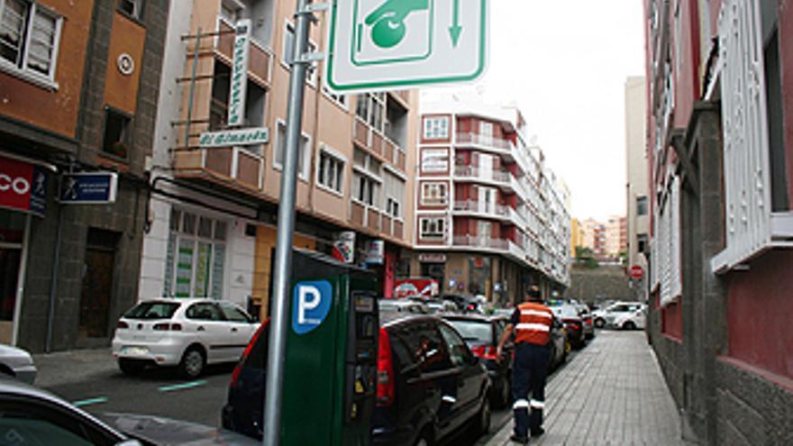 Zona de estacionamiento de residentes en Canalejas. (AYTO. LPGC)