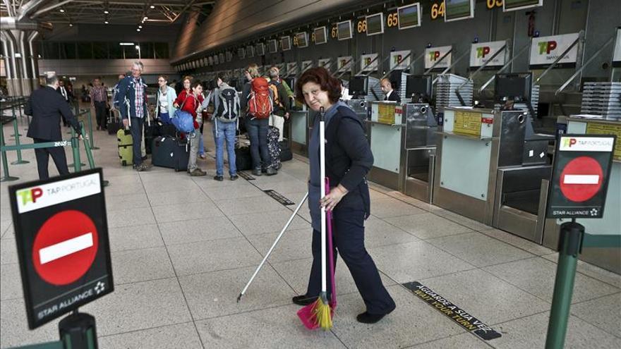 La aerolínea lusa TAP opera el 75 por ciento de los vuelos en el segundo día de huelga
