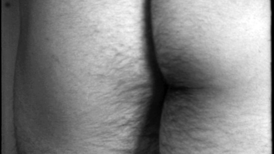 Fotograma de 'Película n.º 4 (Traseros), Película fluxus n.º 16' [Film No. 4 (Bottoms), Fluxfilm No. 16] de 1966 / Yoko Ono