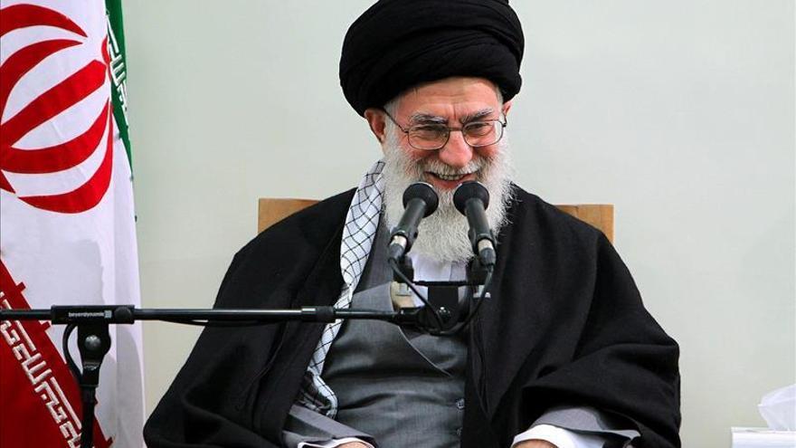 Jameneí asegura que el Gobierno saudí pagará por la ejecución de al Nimr