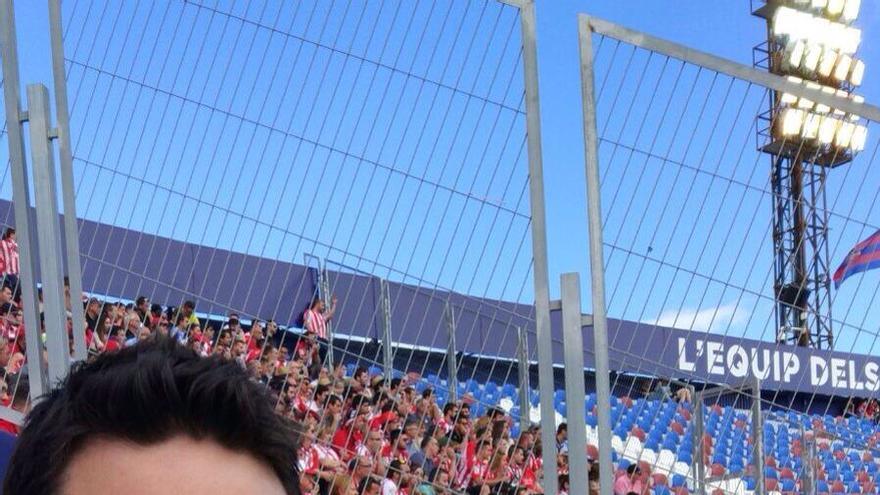 El joven expulsado del estadio del Levante por colgar una estelada