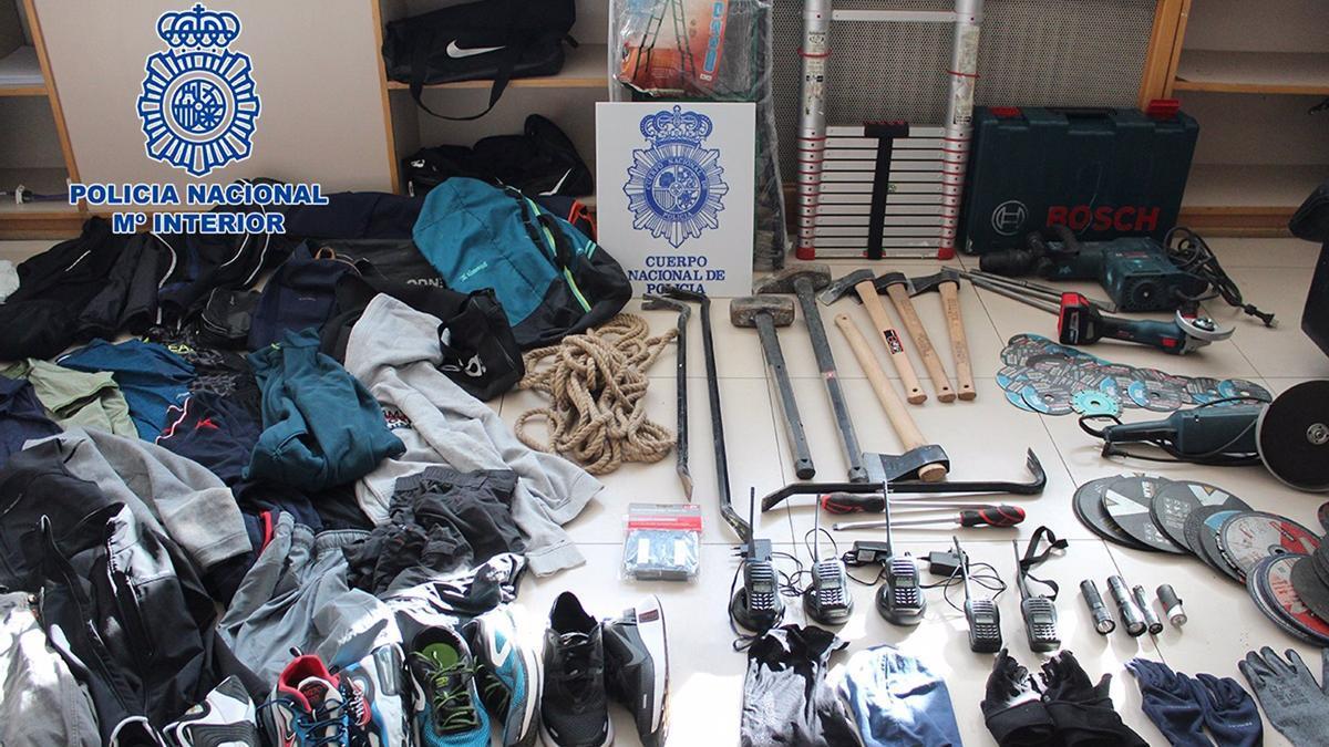 Policía Nacional desarticula una organización itinerante albano-kosovar afincada en Madrid especializada en robos.