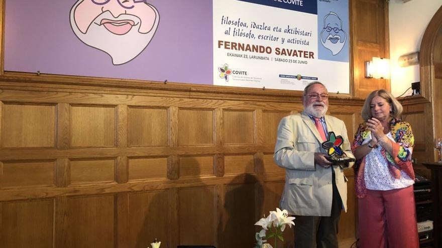 """Savater advierte de que """"nunca se deslegitimará a ETA si se lleva a cabo la transformación política"""" que quería"""