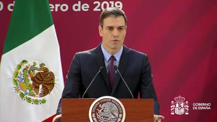 Pedro Sánchez rinde homenaje al exilio español en México.