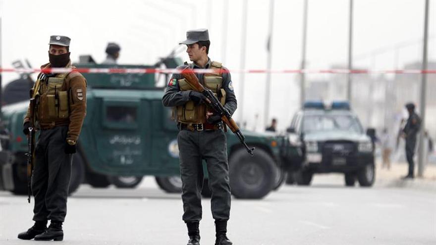 """EE.UU. condena el """"cobarde"""" atentado reivindicado por el EI en Afganistán"""