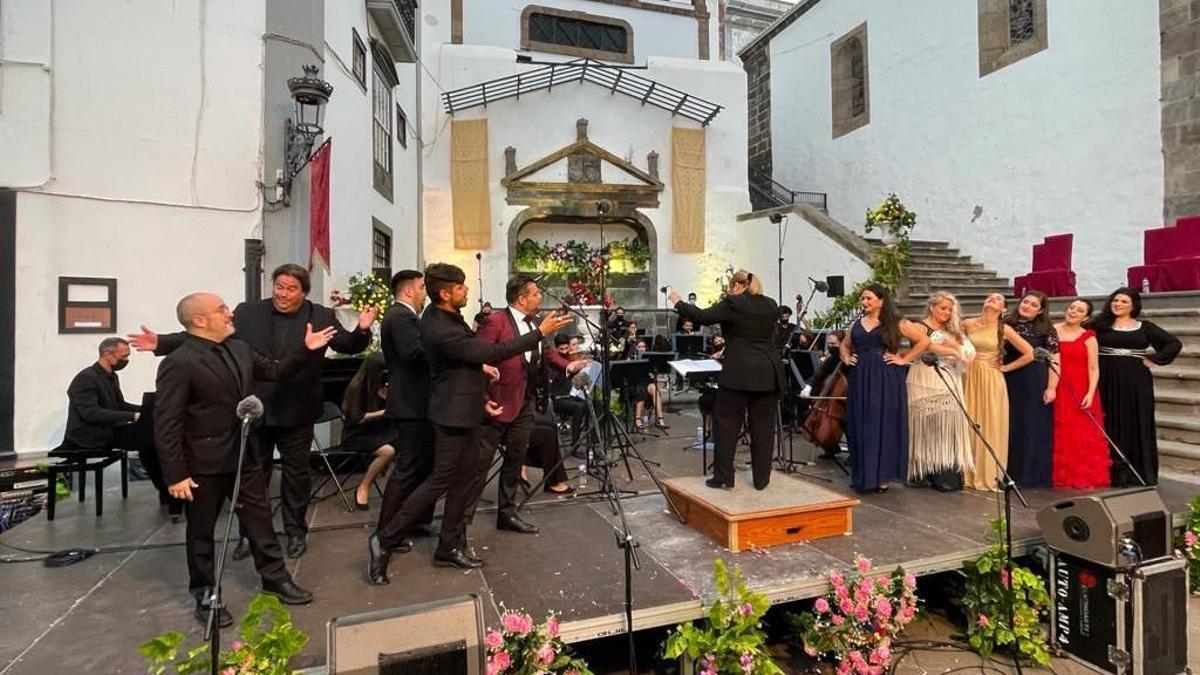 Un momento del acto de clausura de la séptima edición del Festival de Música Española y Zarzuela La Palma.