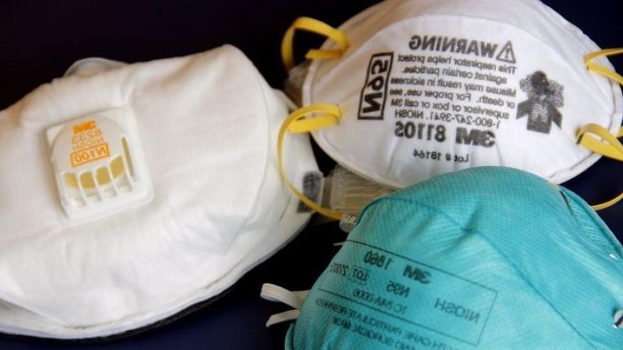 Los cántabros han cedido ya 12.000 mascarillas para el personal sanitario