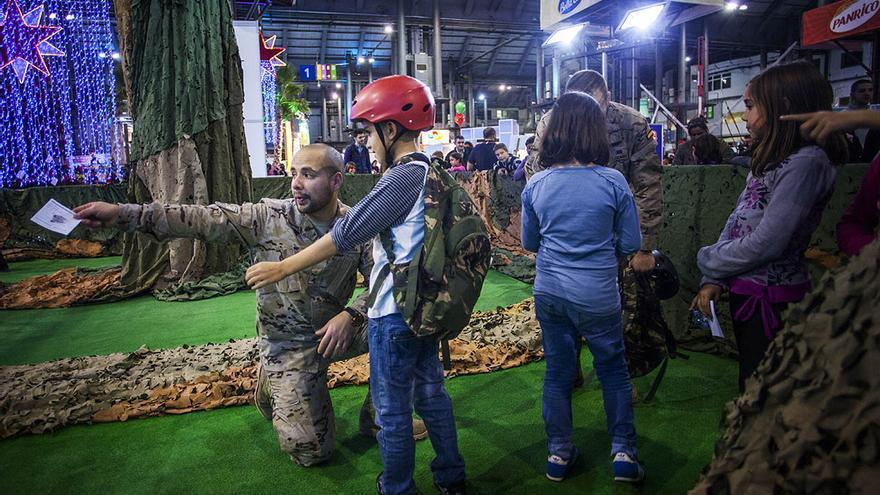 La Tercera Subinspección General del Ejército organiza una de las actividades del Festival de la Infància. / Carmen Secanella