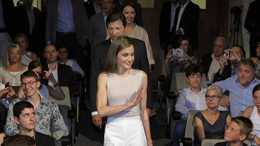 La Reina Letizia respalda en Oviedo las enseñanzas musicales