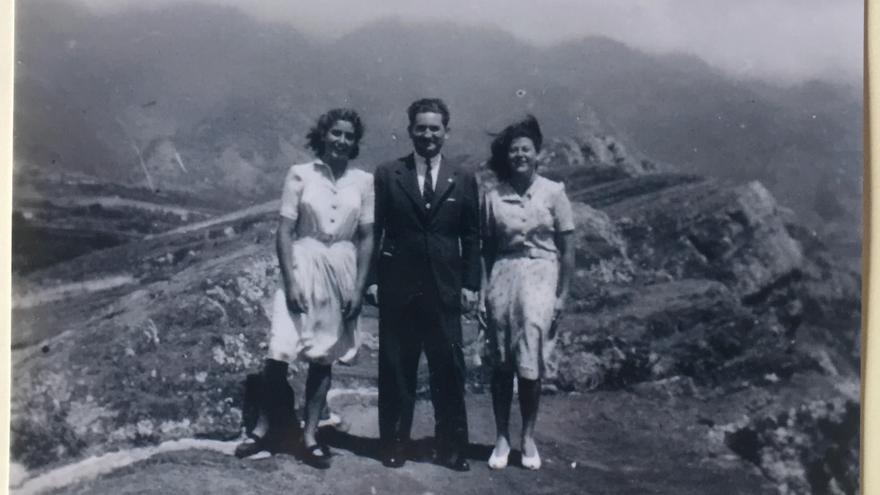 Fotografía inédita de los marqueses de Eliseda en La Palma en  junio de 1943.