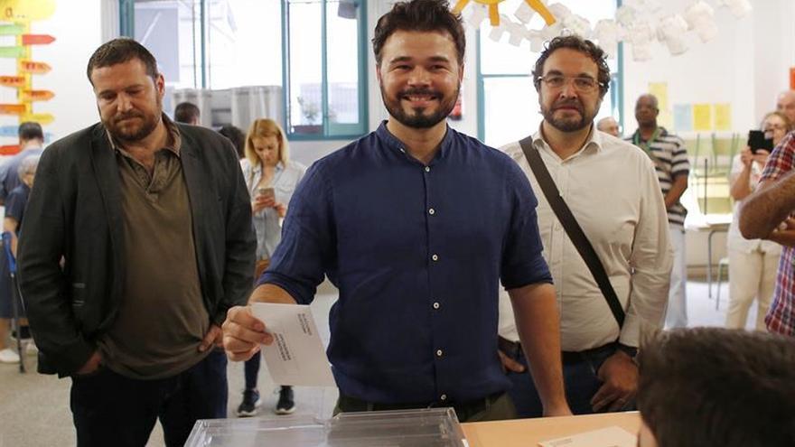 Gabriel Rufián (ERC) llama a votar para defender los intereses de Cataluña