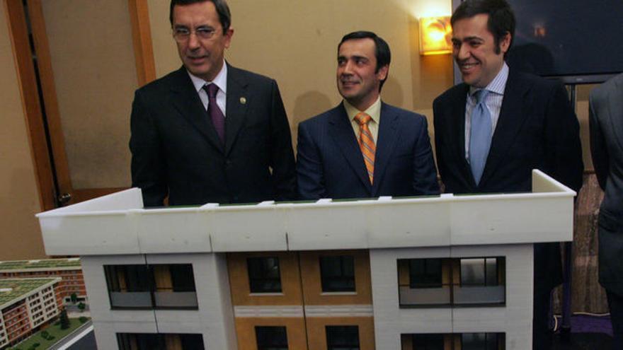 El empresario Jabyer Fernández, con José Luis Bilbao