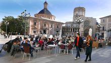 Terrazas en la plaza de la Verge de València