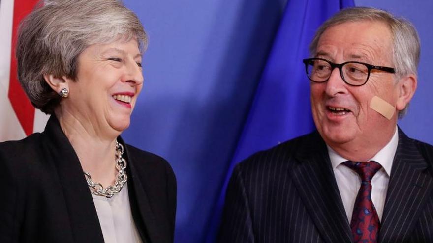 """Juncker no espera avances sobre el """"brexit"""" en su reunión con May"""
