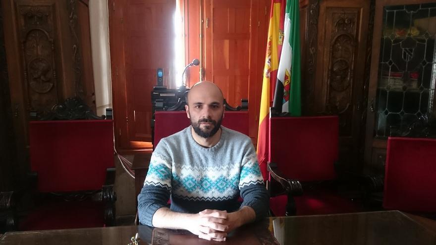 Óscar Antúnez alcalde Hoyos Cáceres