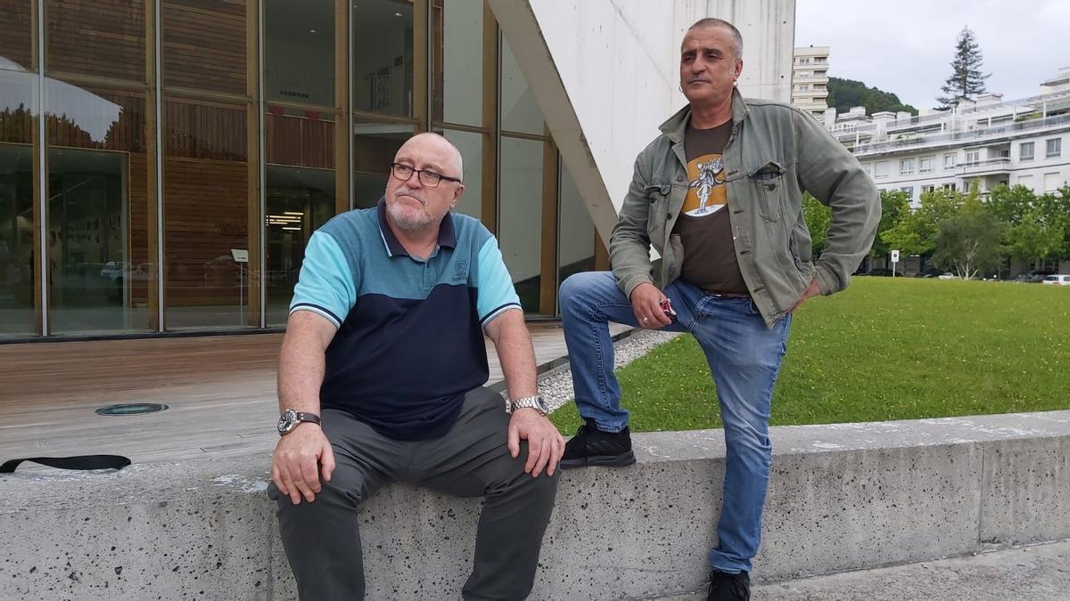 Enrique Pérez Guerra y Emiliano Álvarez Delgado, dos de las víctimas que han participado en la jornada.