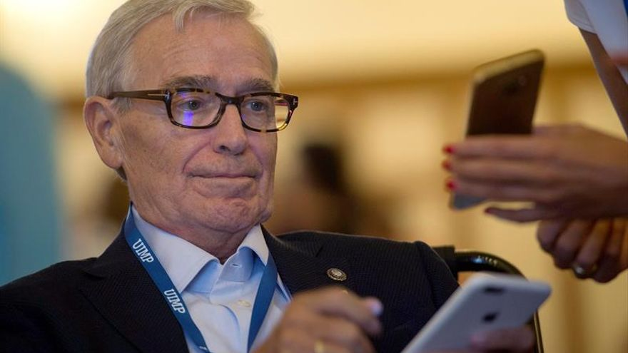 La Caixa y la Fundación Luzón destinan 3 millones de euros a investigar el ELA
