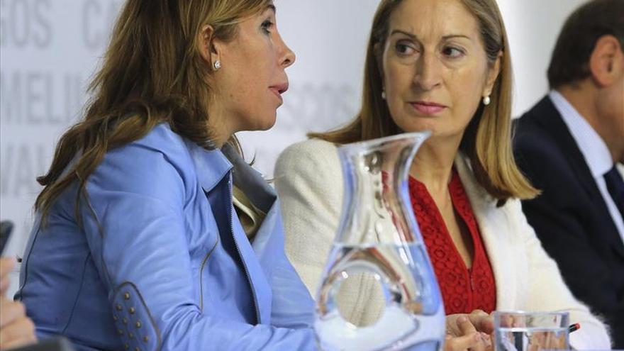 Ana Pastor y Alicia Sánchez-Camacho condenan los escraches al PP