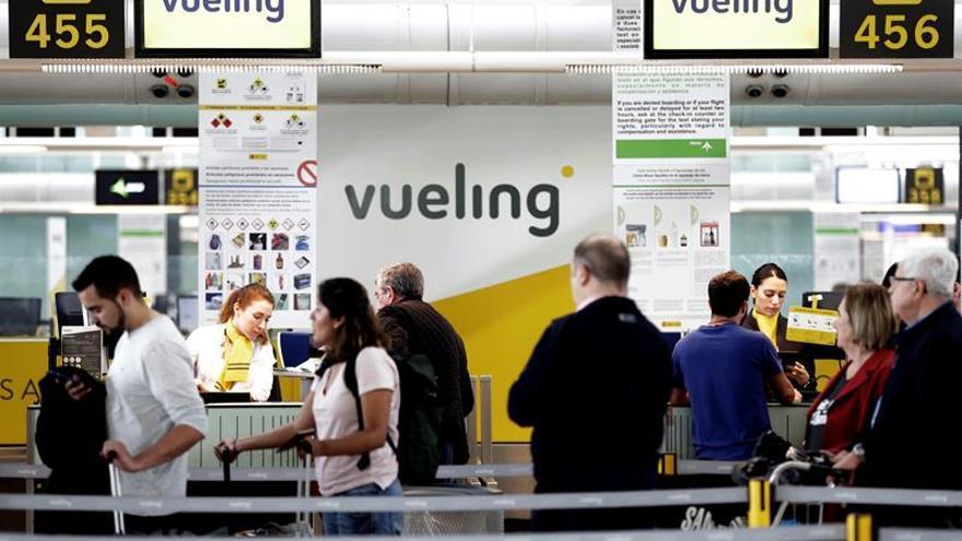 Vueling permitirá hacer el check-in desde el asistente virtual de Google