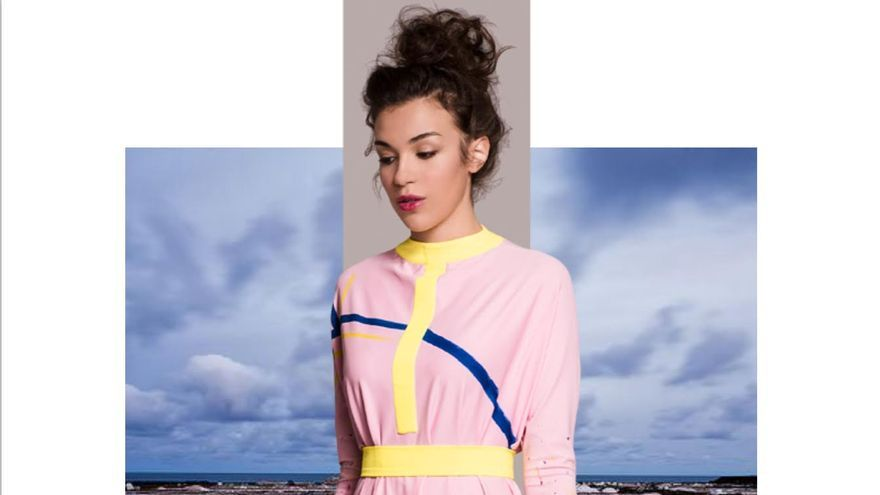 La modelo Ligia Vlonga con maquillaje de Eva Sesma y estilismo Paloma Suárez. Fotografía: KRISTEN WICCE.