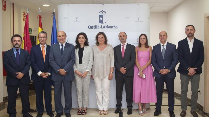 Parte del nuevo equipo de la Consejería de Economía, Empresas y Empleo FOTO: JCCM