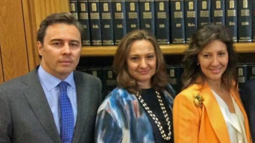 Dimas Gimeno, Marta y Cristina Álvarez Guil.